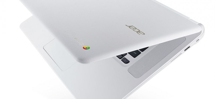 Acer_Chromebook_15__CB5-571__open_slightly_left_facing.0